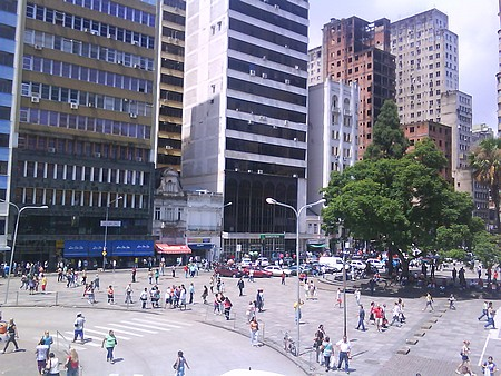 Centro de Porto Alegre após saída dos camelôs. Foto: Gilberto Simn