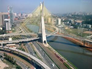 Ponte estaiada Octavio Frias de Oliveira - São Paulo, SP Foto: Adão W. Filho