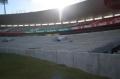 Mesmo com a reforma, o Beira-Rio continua recebendo jogos de futebol (crédito: Internacional/Divulgação)