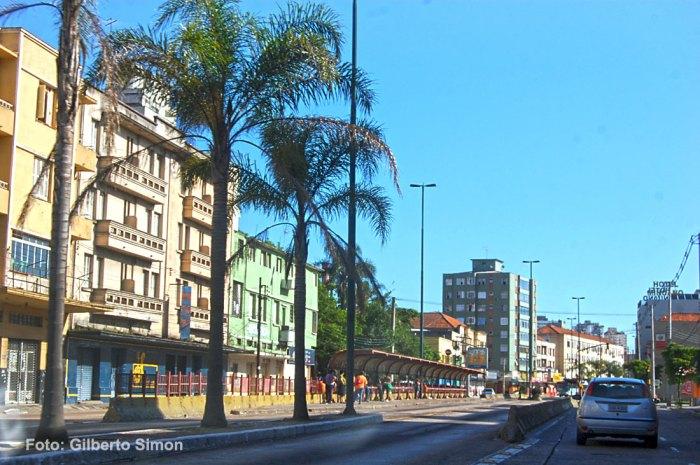 Av. Farrapos – bairro Floresta. Foto: Gilberto Simon / Porto Imagem