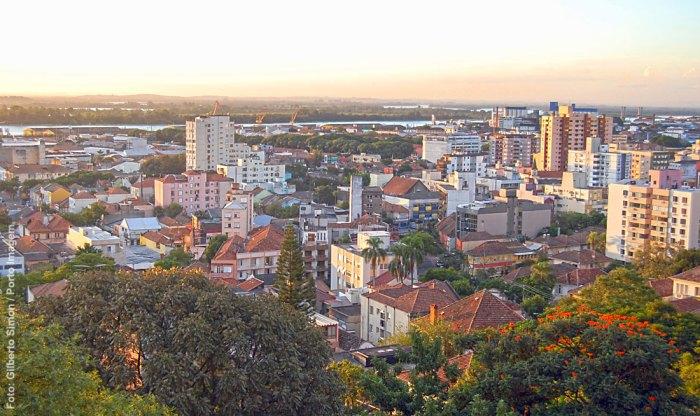 Vista parcial do Bairro Floresta, em Porto Alegre. Foto: Gilberto Simon / Porto Imagem