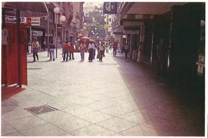 rua-da-praia-dec-70-01