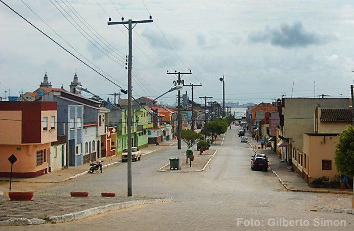 São José do Norte - a pacata cidade vai ganhar um mega estaleiro. Foto: Gilberto Simon - Porto Imagem (2009)