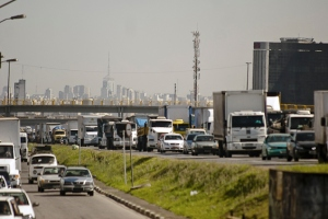 O estudo mostrou que, dentre as principais capitais do mundo, São Paulo (42,8 minutos) e Rio (42,6 minutos) só ficam atrás de Xangai (50 minutos) | Foto: Marcelo Camargo/ABr