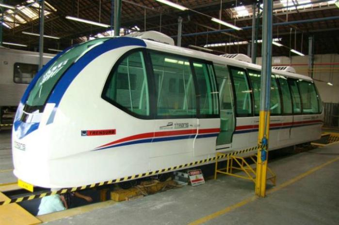 Modelo fabricado no Rio de Janeiro é transportado por via terrestre durante cinco dias Crédito: Divulgação / Trensurb / CP