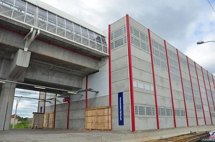 Estação-Industrial---Foto-Marco-Pecker-(14)
