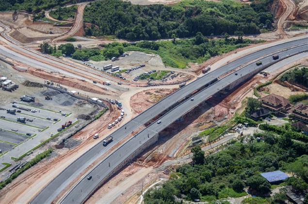 Embora existam avanços, obras de mobilidade urbana da Copa preocupam (crédito: Rafael Bandeira/Divulgação)
