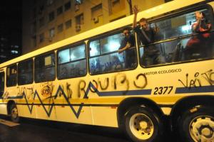 Após série de protestos, liminar reduziu passagem de ônibus em Porto Alegre para R$ 2,85  Crédito: Mauro Schaefer