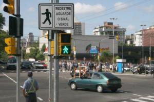 Leis de trânsito, descarte de lixo e ciclovias podem receber sugestões   Foto: Ricardo Giusti / PMPA