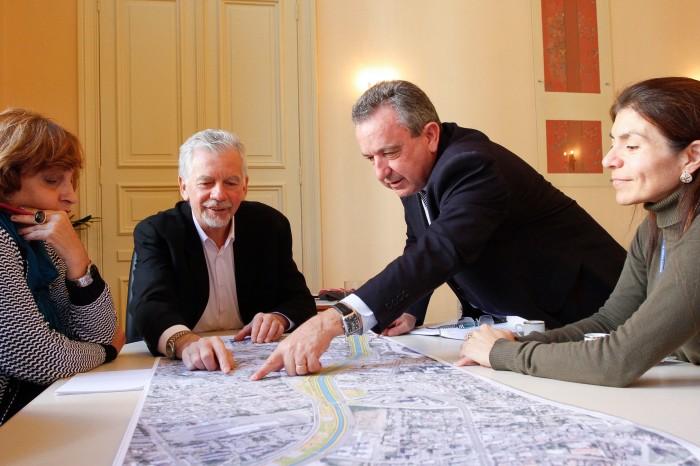 Andamento e efeitos das obras foram avaliados em reunião na Prefeitura  Foto: Cristine Rochol/PMPA