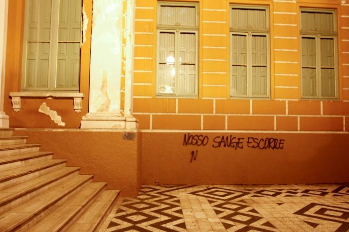 Paço Municipal é atacado pela quarta vez neste ano   Foto: Cristine Rochol/PMPA