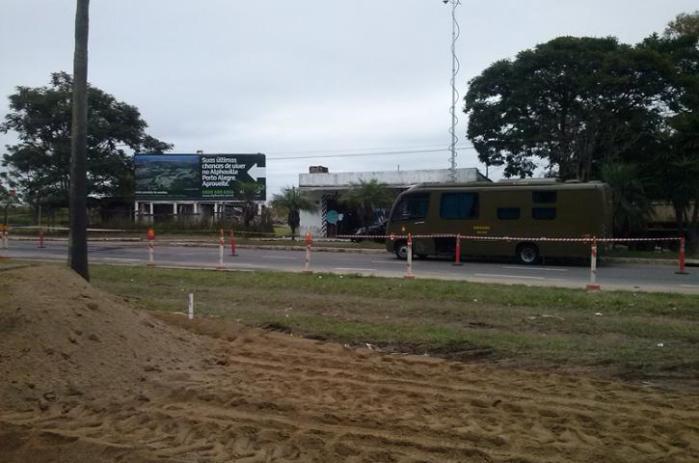 Gate foi acionado para auxiliar na rendição do homem, que estaria armado, segundo a polícia  Crédito: André Ávila