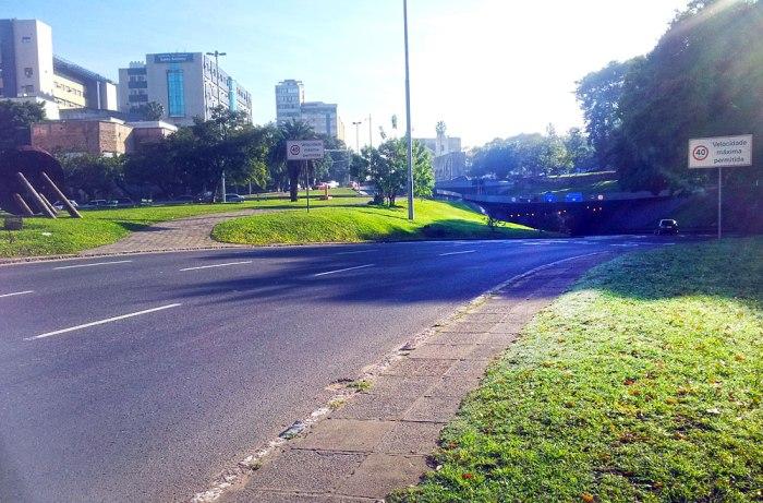 Túnel da Conceição vazio às 9:00. Foto: Gilberto Simon. 11/07/2013