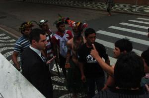 Grupo teria tentado invadir sede do governo do Estado, em Porto Alegre Crédito: Tarsila Pereira