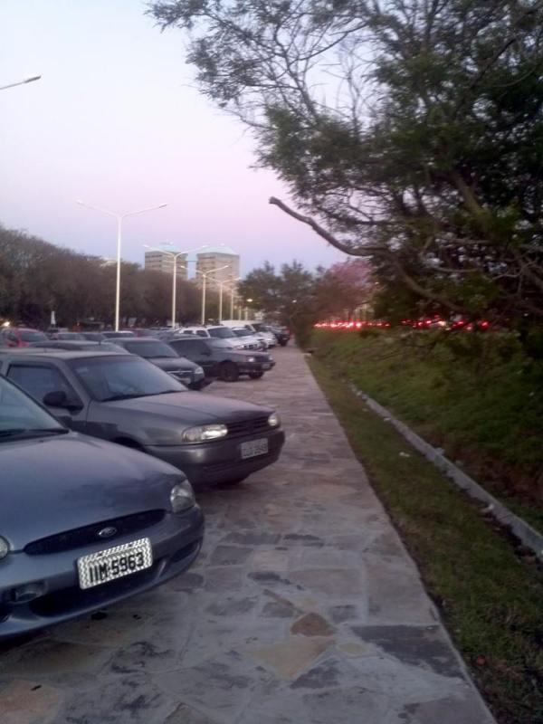 Calçada novinha na Avenida Beira Rio