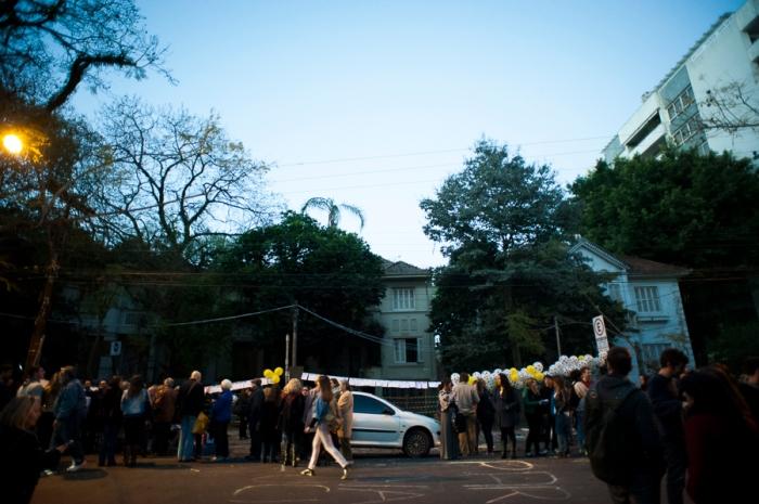 Estudantes e professores de Arquitetura protestaram em frente aos casarões da Rua Luciana de Abreu   Foto: Ramiro Furquim/Sul21