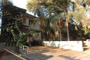 Empreiteira vai restaurar e conservar os outros três imóveis da rua Luciana de Abreu  Crédito: Paulo Nunes