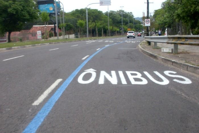 Com 4,5 quilômetros, faixa prioritária fica entre a Costa Lima e a Eduardo Prado  Foto: Divulgação/PMPA
