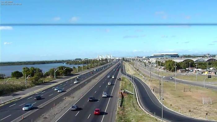 Vista da Freeway junto a Porto Alegre, zona norte da cidade. Foto: Concepa