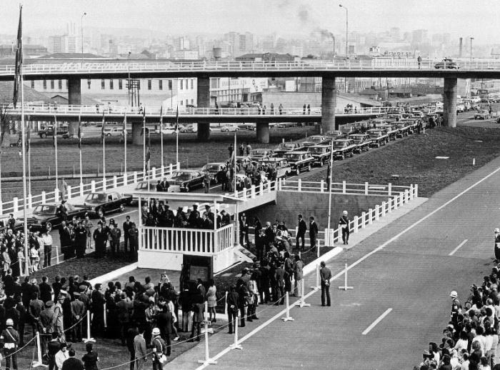 Cerimônia de inauguração da Freeway, em 26 de setembro de 1973. Foto: Assis Hoffmann, Centro de Memória da Concepa