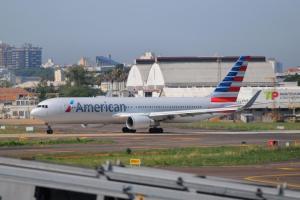 Voo da American Airlines é impedido de desembarcar em Porto Alegre Crédito: Samuel Maciel