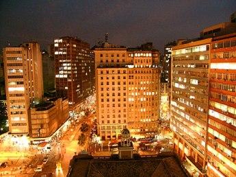 Centro Histórico a noite. Foto: Gilberto Simon