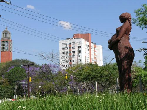 estatua-mae