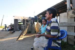 Jesus Severo Desidério e a esposa, Regina, estão preocupados com a falta de informação  Crédito: André Ávila