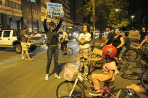 Ciclistas realizam protesto pacífico na Capital Crédito: Fabiano Amaral