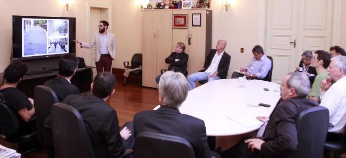 Mario Gonzaga, arquiteto, apresenta projeto de revitalização do centro . (Ivo Gonçalves/PMPA)
