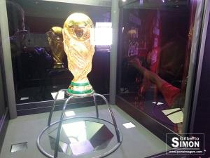 A Taça da Copa do Mundo FIFA. Foto: Gilberto Simon - Porto Imagem