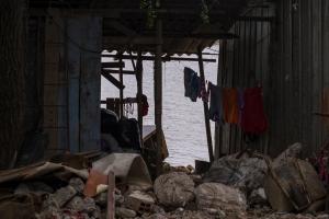 Moradores vivem em comunidade humilde, mas não querem sair da Ilha   Foto: Bernardo Jardim Ribeiro/Sul21