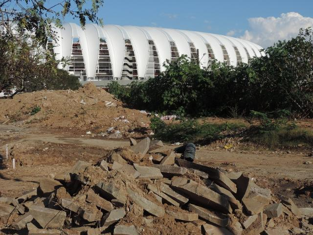 Prefeitura quer compactar resíduos e cobrir área com restos das obras de pavimentação  Crédito: Laion Espíndula / Especial / CP