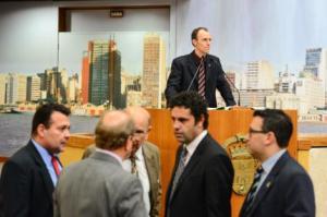 Movimentação de plenário nesta quarta.  Foto: Leonardo Contursi