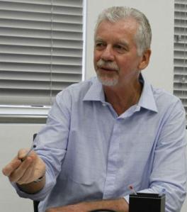 Fortunati analisa obras da Copa em Porto Alegre  Crédito: Ricardo Giusti / CP Memória