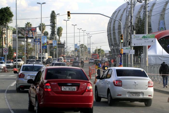 Nas imediações do Beira-Rio, bloqueios iniciarão às 8h, no sentido bairro-Centro Foto: Luciano Lanes/PMPA