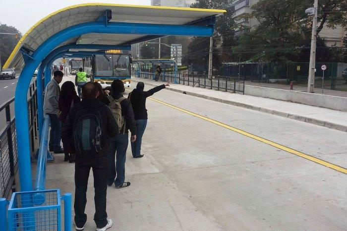 Cerca de 70 mil passageiros utilizam as 25 linhas que por ali circulam Foto: Lucas Barroso/Divulgação PMPA