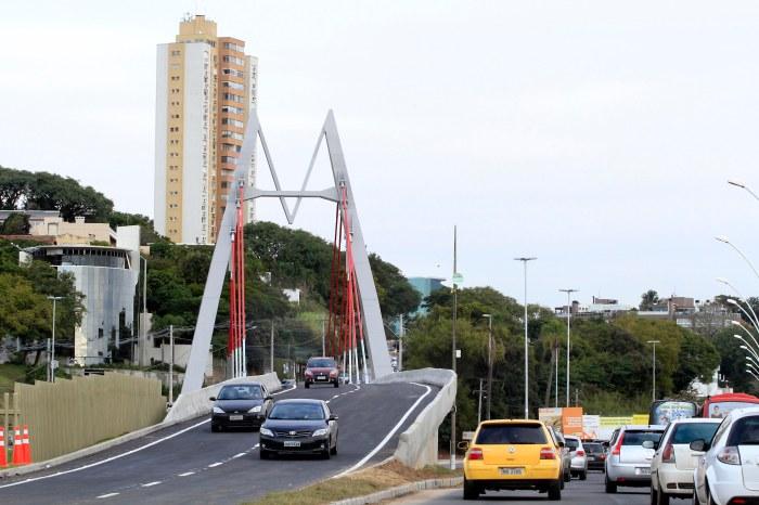 Viaduto Pinheiro Borda: mais fluidez no trânsito para a região Central e zona Sul Foto: Ivo Gonçalves/PMPA