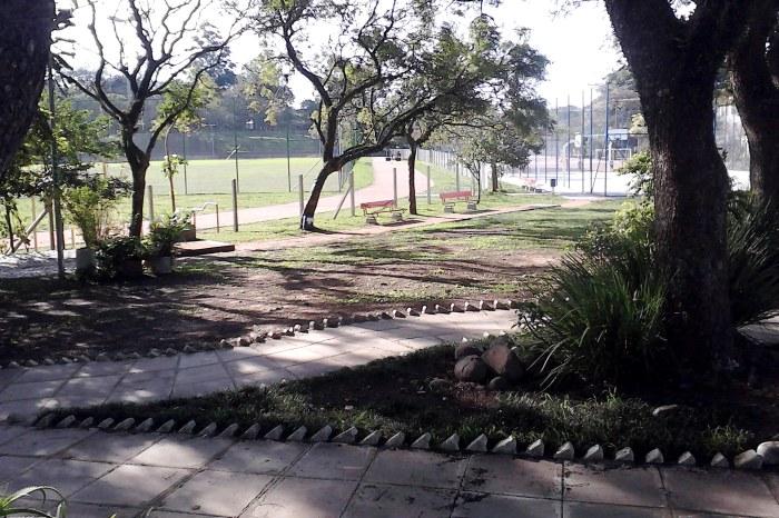 Trabalhos abrangeram toda área da praça, de 45 mil metros quadrados Foto: Divulgação/PMPA
