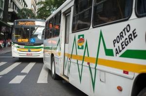 No início de setembro, dois pedestres foram atropelados por ônibus em Porto Alegre | Foto: Ramiro Furquim/Sul21