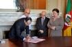 Protocolo de intenções relativo ao projeto que viabilizará a construção de dois blocos e a aquisição de equipamentos foi assinado no Palácio Piratini - Foto: Christian Spessato/Badesul