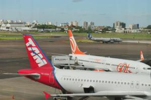 Ampliação da pista do Salgado Filho deve ser concluída em 2018, diz ministro | Foto: André Ávila
