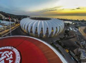 Porto Alegre aguarda comitê para tentar sediar futebol dos Jogos Olímpicos | Foto: Luis Gonçalves / CP Memória