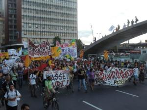 Protesto começou no centro de Porto Alegre | Foto: Carmelito Bifano / Especial CP