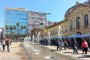 Vísceras e escamas deixaram cheiro ruim nos reservatórios da atração turística da Capital. Foto: Gilberto Simon - Arquivo Porto Imagem