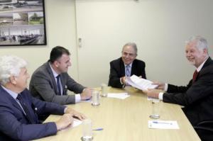 Fortunati participou de audiência com o presidente da Infraero, Antônio do Vale Foto: Paulo Negreiros/Divulgação PMPA