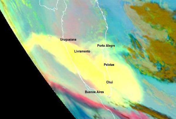 imagem-satelite-cinzas-vulcao
