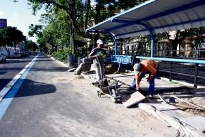 EPTC prepara faixa exclusiva de ônibus na avenida Praia de Belas Foto: Maia Rubim/PMPA
