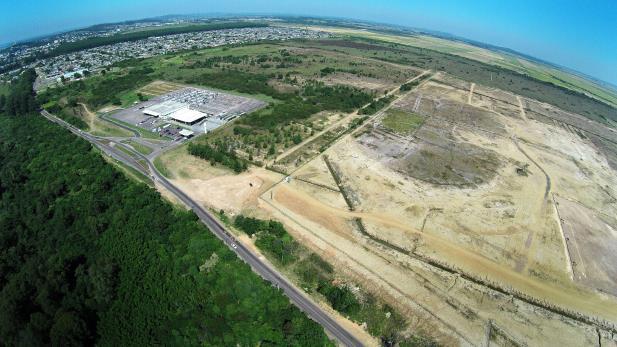 Somente 22,7% da área de 932 hectares que estava destinada à montadora Ford, em 1998, foi ocupada | Foto: Phanton Produtora / Divulgação / CP