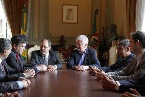 Anúncio foi feito pelo prefeito José Fortunati após reunião com o governador Foto: Ricardo Giusti/PMPA